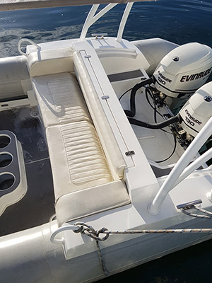 Hammerhead RIB 28 aft seating