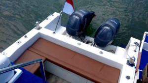39 foot power boat transom and engines